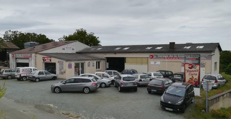Garage de la croix bazoges en pareds garage membre du for Garage autodemarque croix