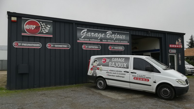 Garage bajoux la chapelle viviers garage membre du for Garage ad la chapelle bouexic